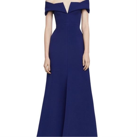 BCBGMaxAzria Dresses & Skirts - BCBG maxazria malLie off the shoulder dress 👗